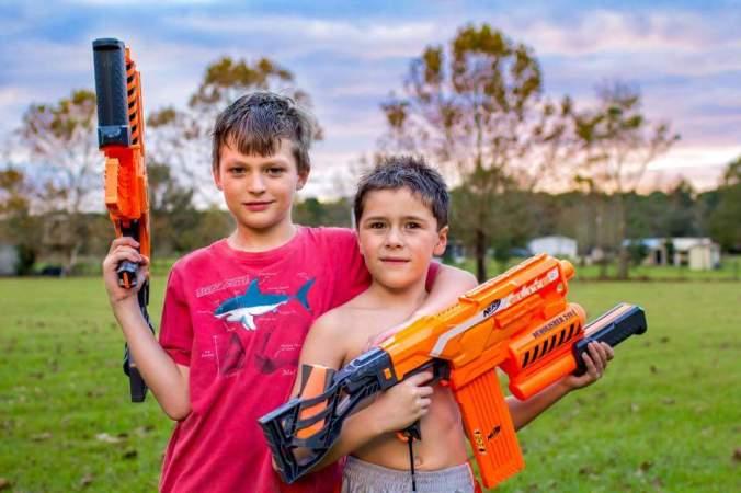 gun&cousin